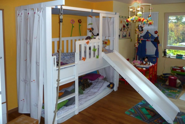 mitwachsendes Kinderbett LISTO-flex aus weiß lackiertem Buchenholz