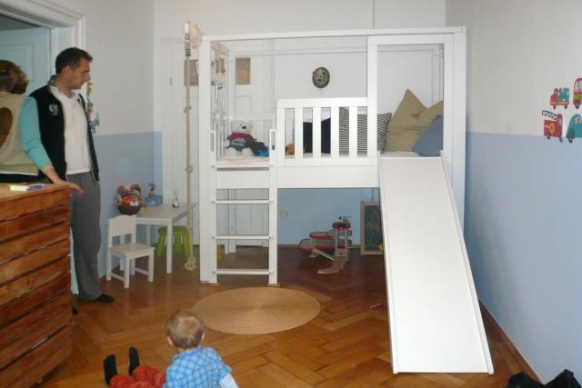 mitwachsendes Kinderbett LISTO mit Rutsche