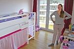 weiß lackiertes Kinderbett in Spielbett Höhevon SALTO Kindermöbel München