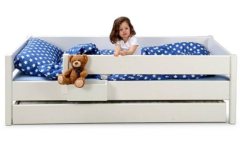weiß lackiertes Kinderbett KINTO mit Gästebett / SALTO Kinderrmöbel / München