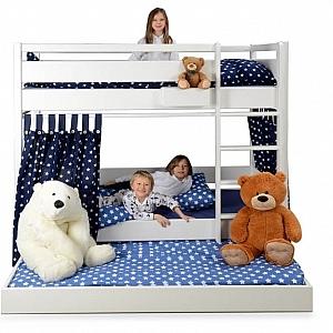 das wei e etagenbett kinto mit hohem gel nder kinderzimmer. Black Bedroom Furniture Sets. Home Design Ideas
