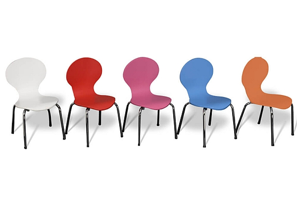 Kinderstuhl Classic in fünf Farben