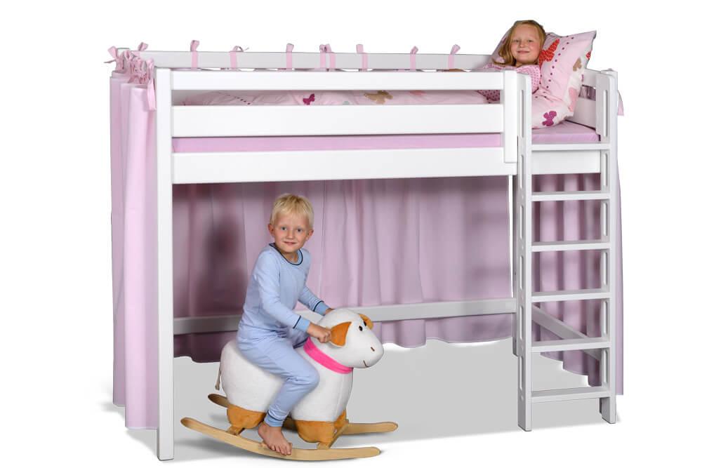 Hochbett PICCO 180cm, das mitwachsende Kinderbett aus weiß lackiertem Buchenholz. Hergestellt von SALTO, dem Fachgeschäft für Kindermöbel in München