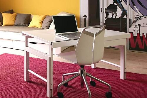 der weiße Kinder-Schreibtisch Zigg