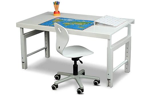 Kinderschreibtisch ZIGGY, der weiss lackierte Schreibtisch aus Buchenholz