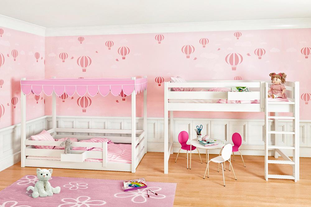 das mitwachsende Kinderbett PICCO 180 aus massivem Buchenholz ist erst ein Himmelbett und später ein Hochbett. Hersteller: SALTO - Möbel für Kinder in München