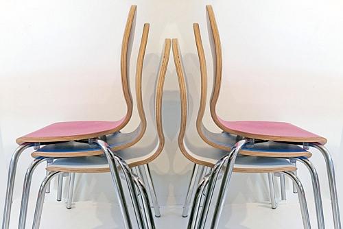 Kinderstuhl CLASSIC mit Sperrholzschale / SALTO Kindermöbel / München