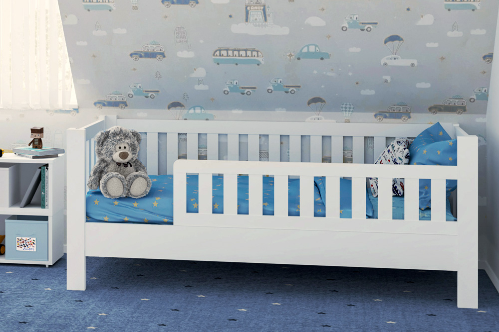 LISTO, das weiß lackierte Kinderbett aus Buchenholz.Von SALTO Kindermöbel in München