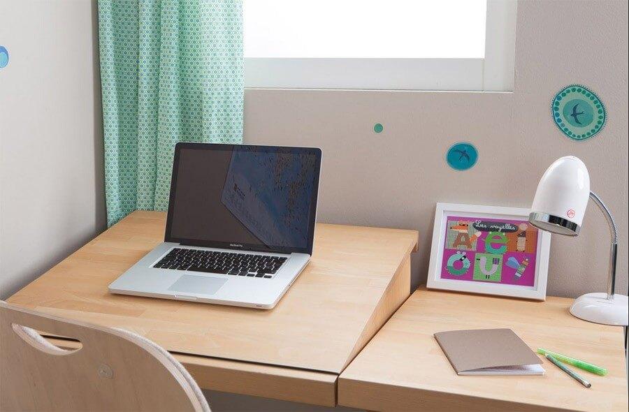 Kinder-Schreibtisch ZIGGY comfort, aus Buchenholz